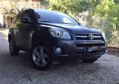 Toyota RAV4 2.2 D-4D 150 CV DPF Sol del 2009 usata a Roma usata