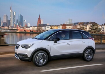 Opel Crossland X 2017, la nuova Meriva | primo test [Video]