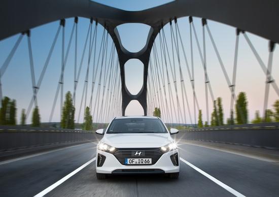 Hyundai Ioniq Plug-In Hybrid, i prezzi