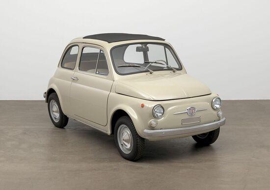 L'opera d'arte Fiat 500 entra al MoMA