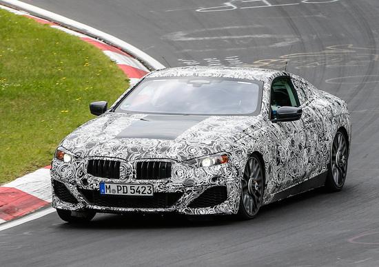 BMW Serie 8, le foto spia al Nürburgring