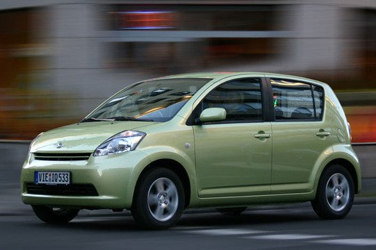 Daihatsu Sirion (2005-12) (5)