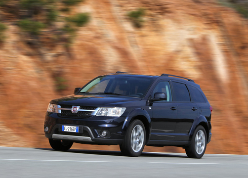 Fiat Freemont (4)