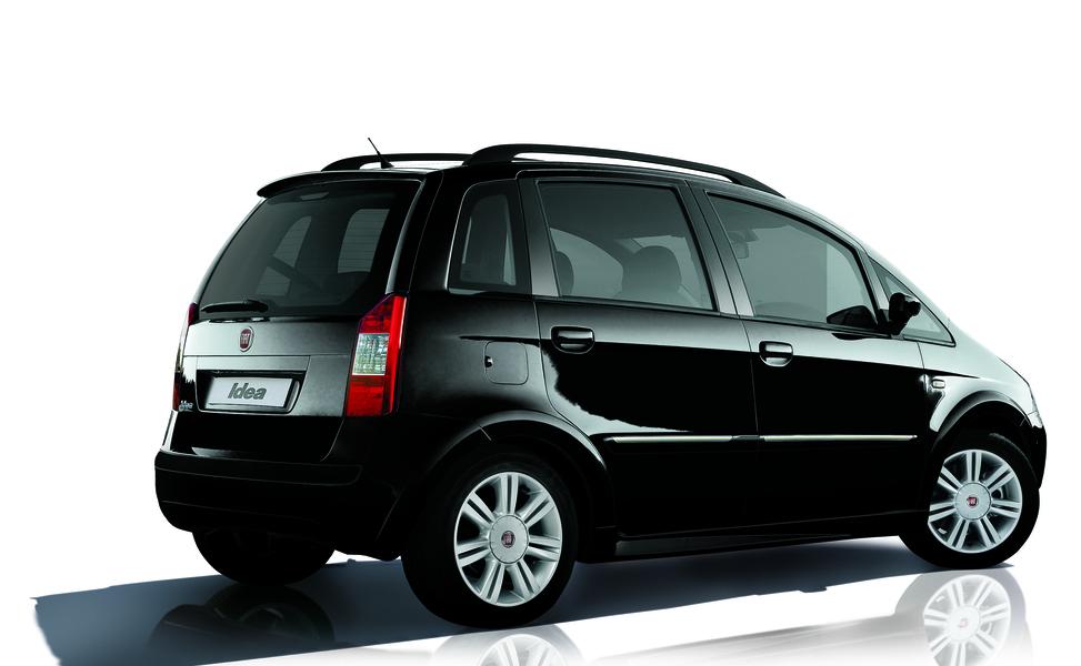 Fiat idea 1 4 16v 03 2005 10 2005 prezzo e scheda for Fiat idea 1 6 16v ficha tecnica