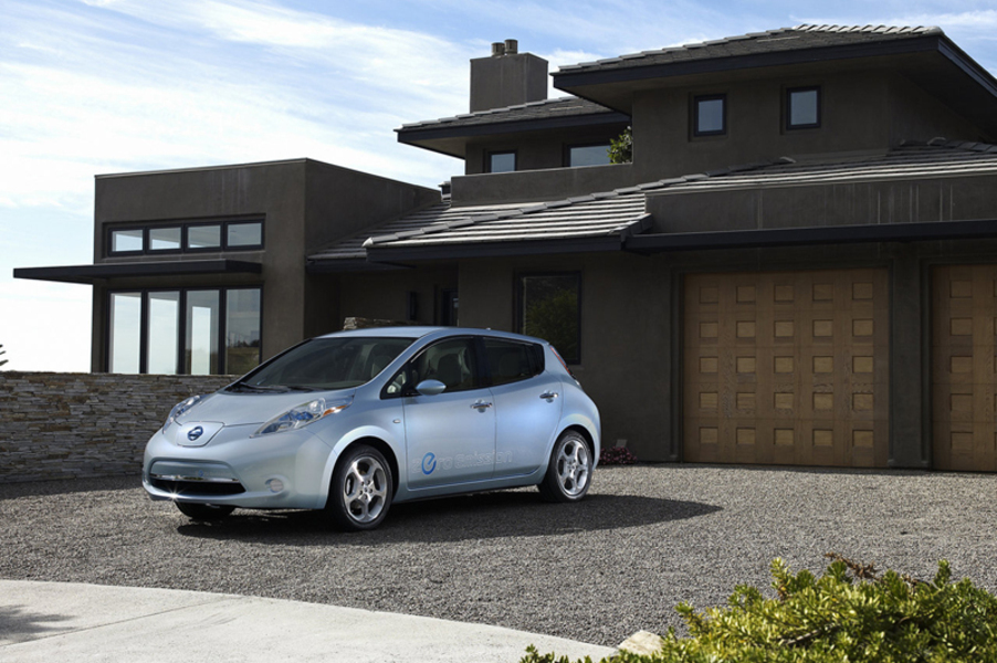 nissan leaf visia flex nuove listino prezzi auto nuove. Black Bedroom Furniture Sets. Home Design Ideas