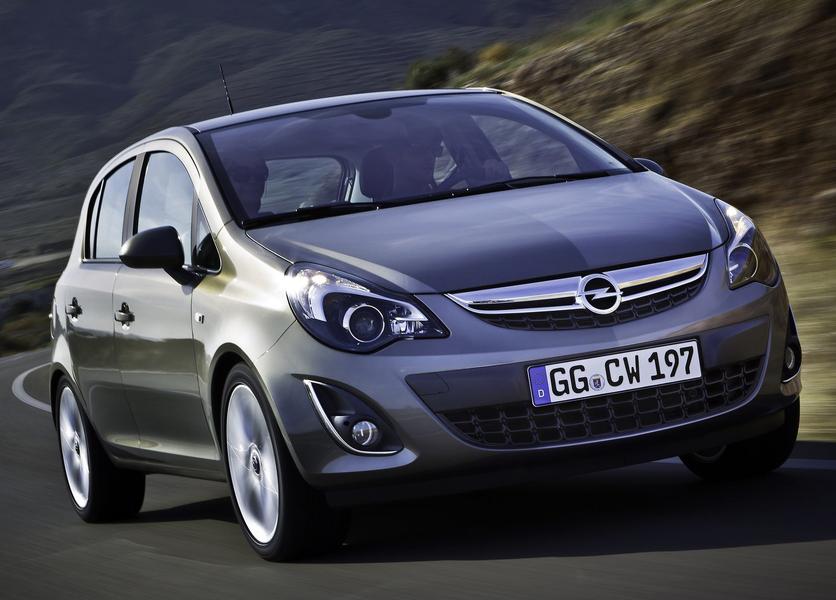Opel Corsa 1.4 16V 5 porte Sport (2)