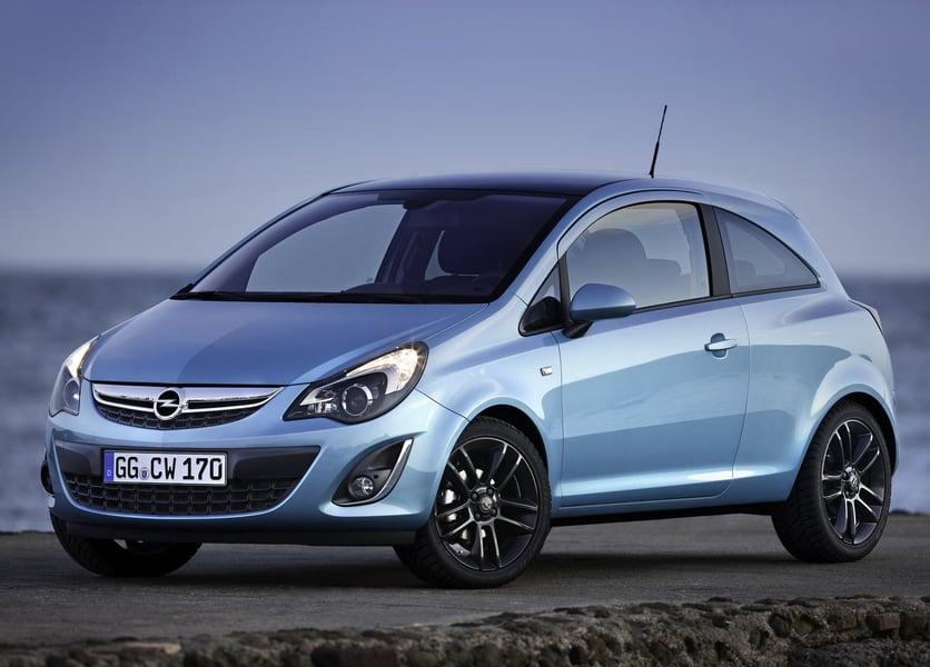 Opel Corsa 1.4 16V 5 porte Sport (5)