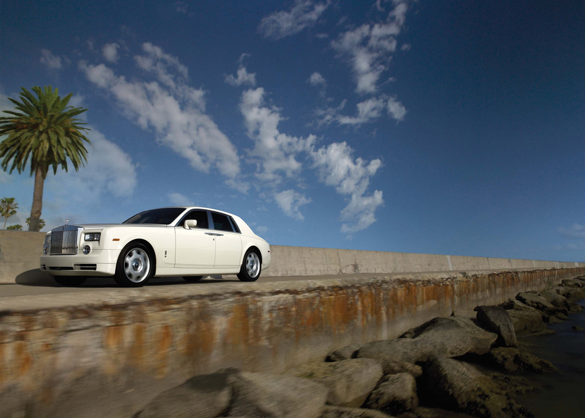 Rolls Royce Phantom (2)