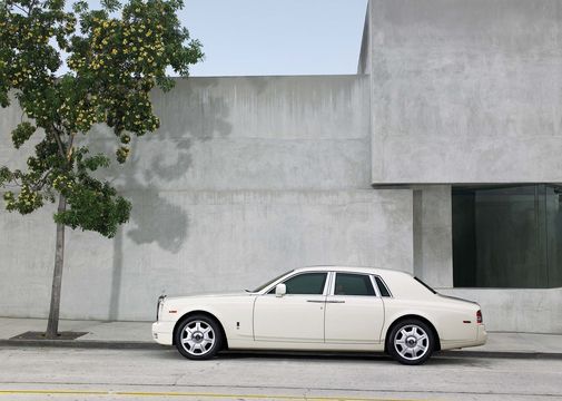 Rolls Royce Phantom (5)