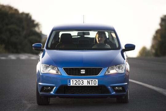 SEAT Toledo (2012-15) (2)