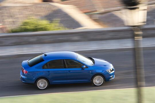 SEAT Toledo (2012-15) (4)
