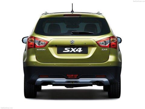Suzuki S-Cross (5)