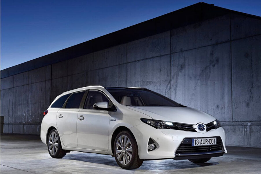 Toyota Auris Station Wagon (3)