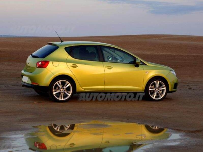seat ibiza 1 2 tsi dsg 5 porte style 05 2011 03 2012 prezzo e scheda tecnica. Black Bedroom Furniture Sets. Home Design Ideas