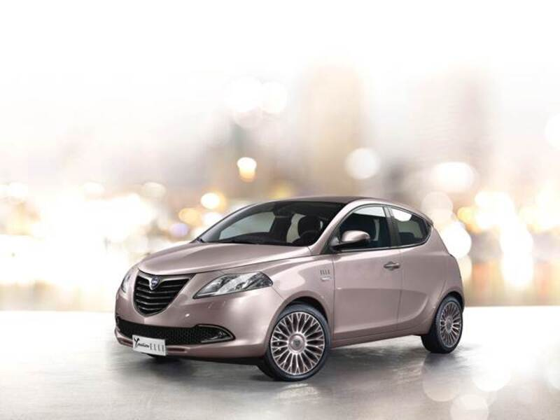 lancia ypsilon 0 9 twinair 85 cv 5 porte metano ecochic elle 10 2014 04 2016 prezzo e. Black Bedroom Furniture Sets. Home Design Ideas