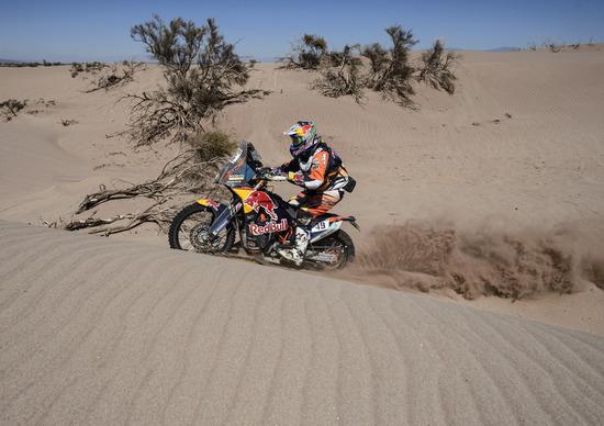 Dakar 2016. Live Day 10: vincono Peterhansel (Peugeot) e Svitko (KTM)