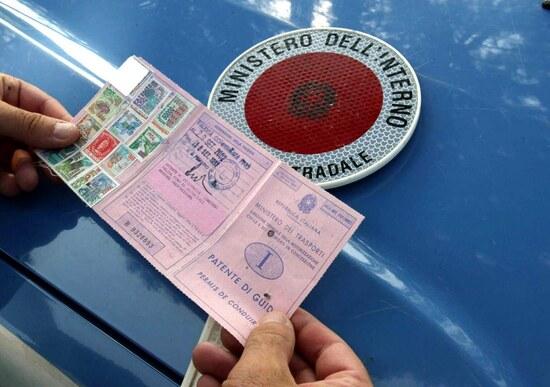 Guida senza patente: cosa cambia con la depenalizzazione