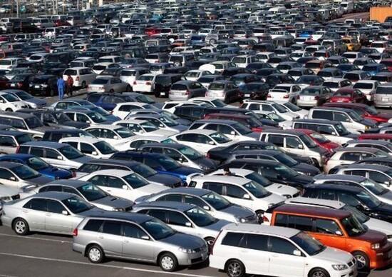 Mercato Europa: oltre 14 milioni di auto immatricolate nel 2015