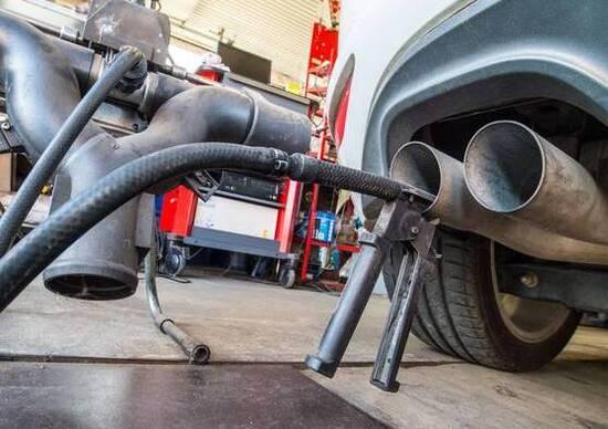 Emissioni, sì ai test in condizioni reali. Ma c'è il trucco, arrivano le soglie di sforamento