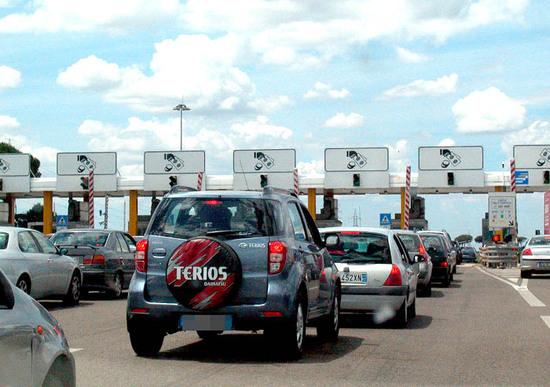 De Vita: «Autostrade, i nostri ex-deputati hanno viaggiato gratis per 10 anni»
