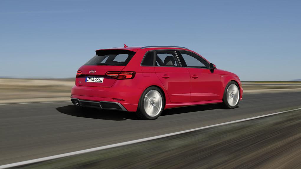 Audi rinnova la gamma A3, debutta il benzina 3 cilindri