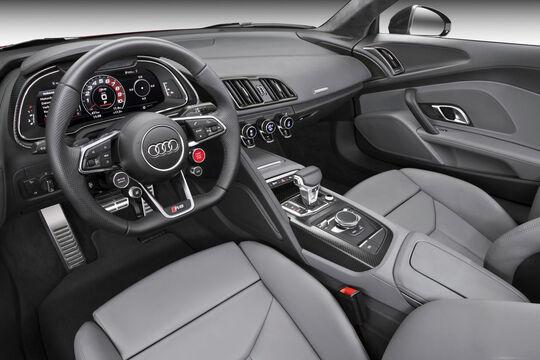 Audi R8 Coupé (4)