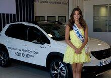 Miss Francia 2016 consegna la 500.000° Peugeot 2008 prodotta a Mulhouse