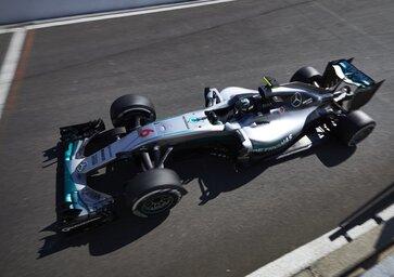 F1, Gp Belgio 2016: pole per Rosberg