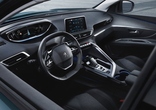Peugeot 5008 2017, il nuovo suv a sette posti