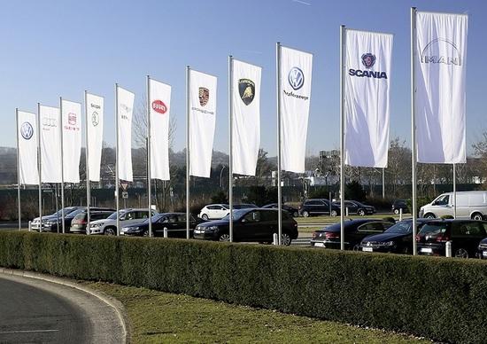 Fiat richiama nel mondo quasi 2 mln di auto per airbag difettosi