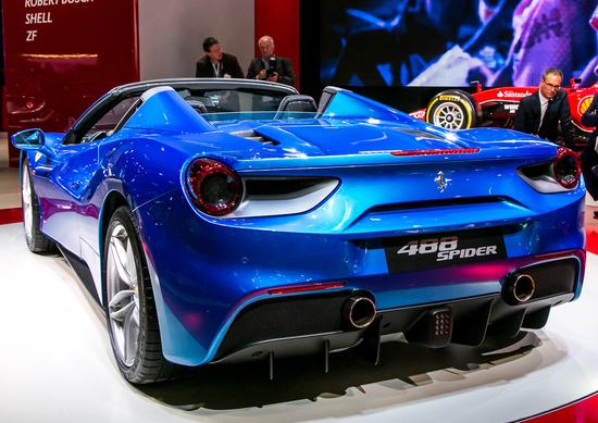 Ferrari 488 Spider premiata con l'Autonis Design Award