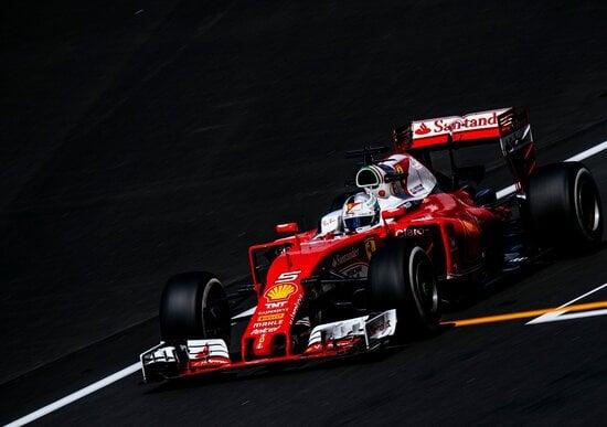 Mercedes davanti, Ferrari subito dietro nelle prove libere a Sepang