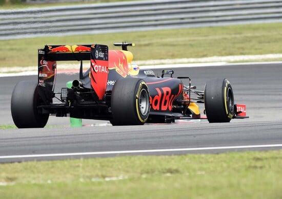 F1, Gp Malesia 2016, Ricciardo: «La vittoria, che emozione travolgente!»