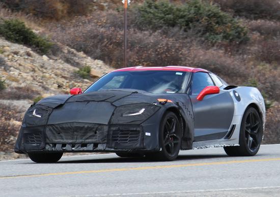 Nuova Chevrolet Corvette ZR1: le foto spia del nuovo modello