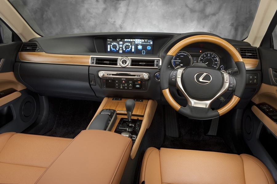 Lexus GS (4)