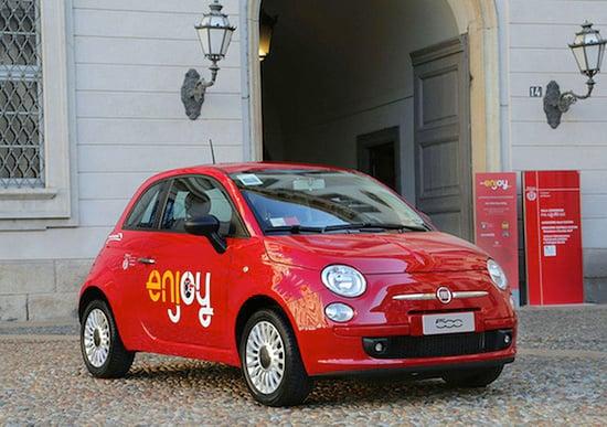 Milano, ragazzi rubano le auto di Enjoy per