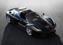 Ferrari, LaFerrari Aperta in mostra al Museo di Maranello