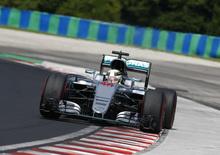 F1, Gp Stati Uniti 2016: pole per Hamilton