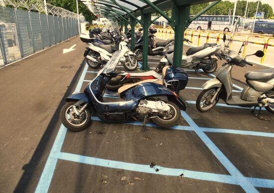 Parcheggio aeroporto Linate: auto vs moto