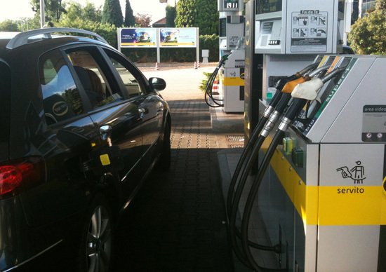 Carburanti: l'ultimo weekend di sconti