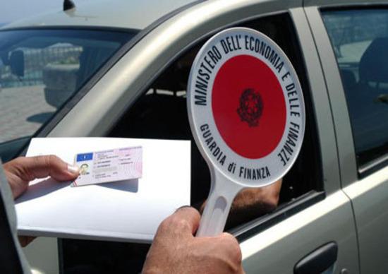 Rinnovo della patente: stop al bollino. Arriva il duplicato