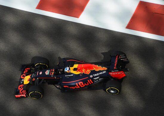 Formula 1: Nico Rosberg è campione 2016, il messaggio della Red Bull