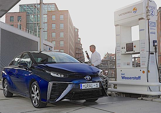 Germania, investimento da 250 milioni di euro nelle auto ad idrogeno