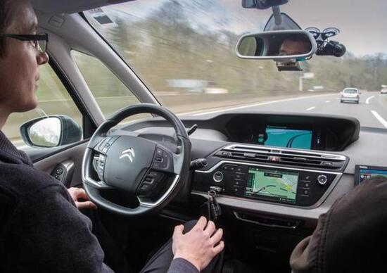 Accordo PSA-Here: mappe HD per i test sulla guida autonoma