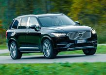 Volvo XC90 T8: tutta la potenza dell'ibrido [Video]