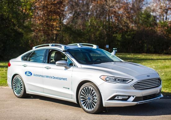 Ford amplia la sua flotta di auto autonome
