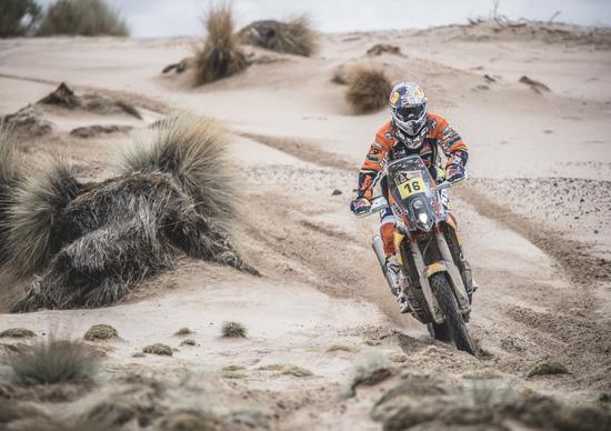 Dakar 2017. Live Day 8. Nelle moto vince Barreda (Honda), tra le auto Loeb (Peugeot)