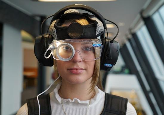 Esperienza sensoriale Ford per i giovani: capire se non si è in condizione di guidare