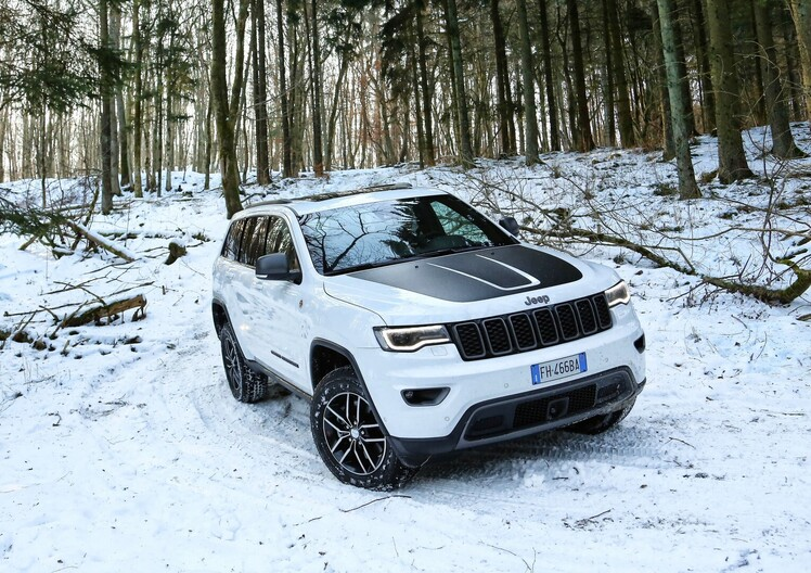 Jeep Grand Cherokee 2017, una e trina [Video primo test]