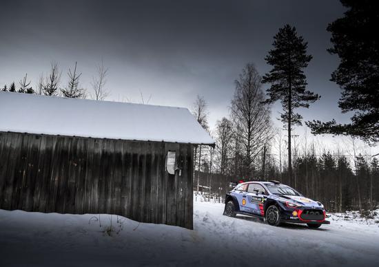 WRC17 Svezia. Sussurratelo: Thierry Neuville (Hyundai) al top
